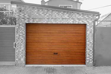 Fine cedar wood horizontal panel door